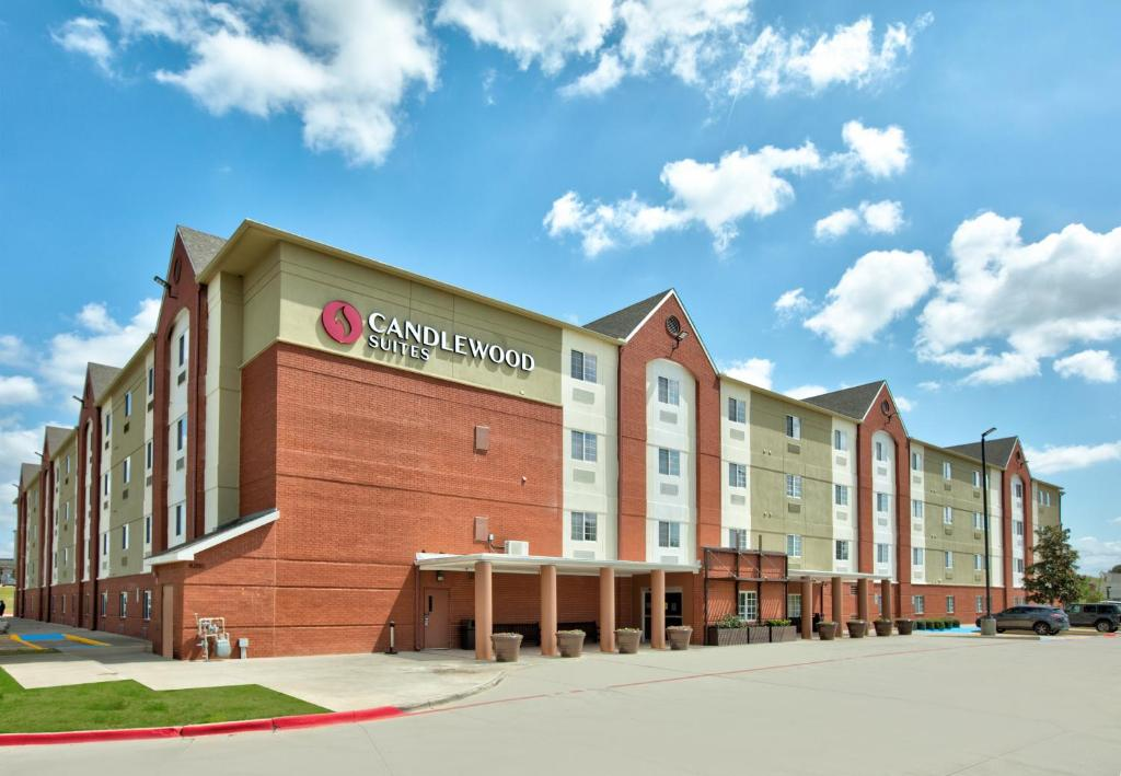Candlewood Suites Dallas Fort Worth South, an IHG Hotel