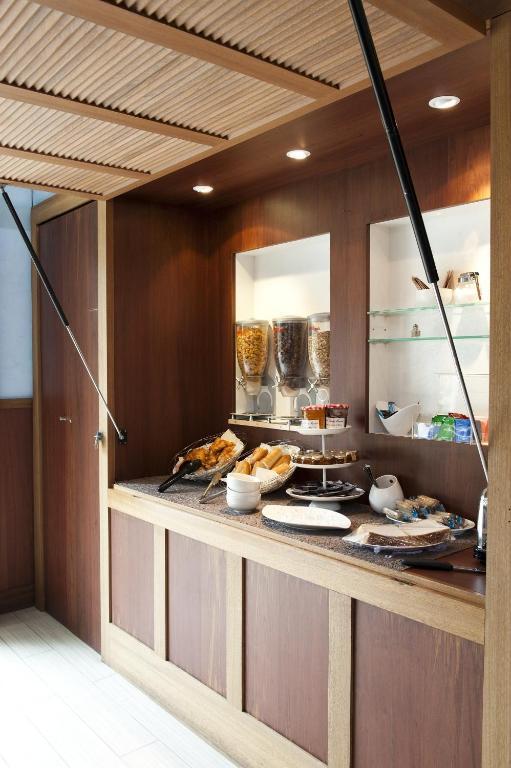 aparthotel adagio paris buttes chaumont paris book your hotel with viamichelin. Black Bedroom Furniture Sets. Home Design Ideas