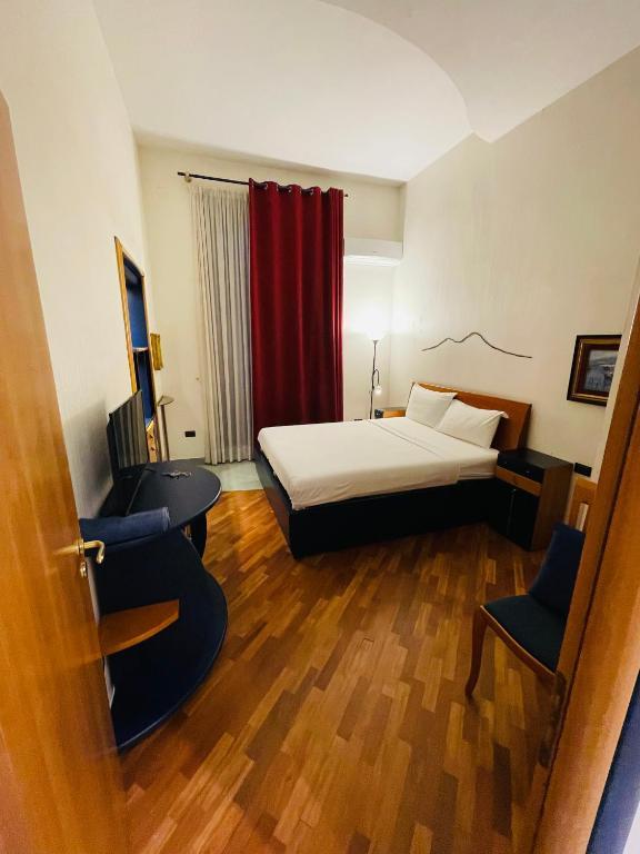 Santa Maria La Nova 21 Rooms & Suites