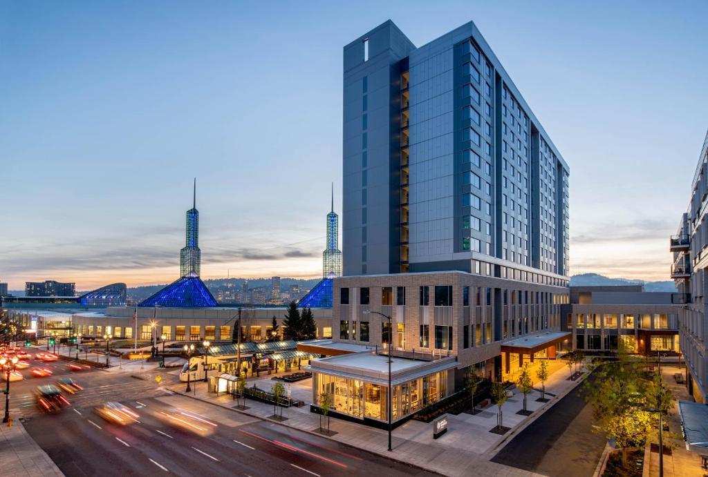 Hyatt Regency Portland at the Oregon Convention Center