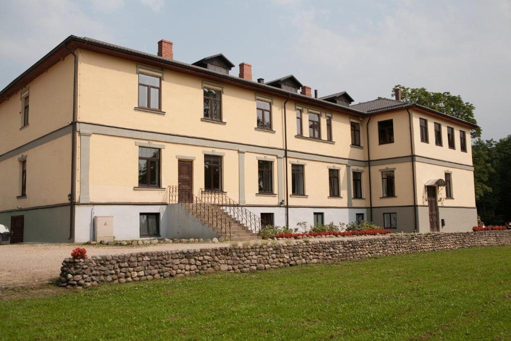 Hotel grasu pils madona viamichelin informatie en for Letse keuken