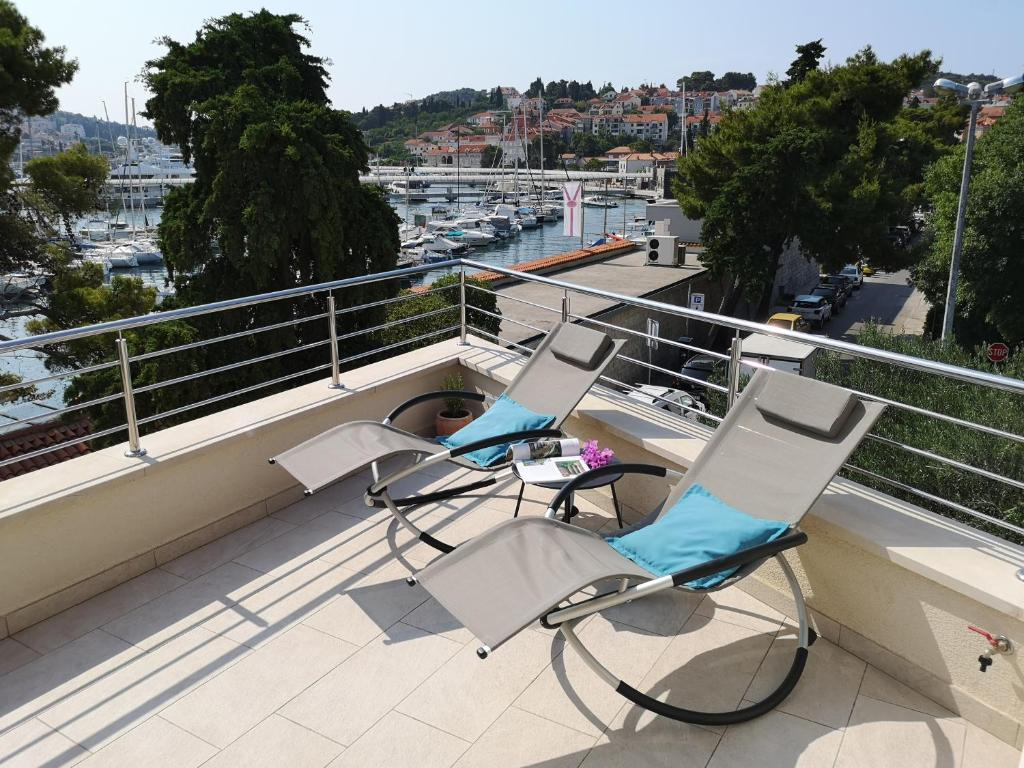 Orsan - Elegant apartment with private terrace