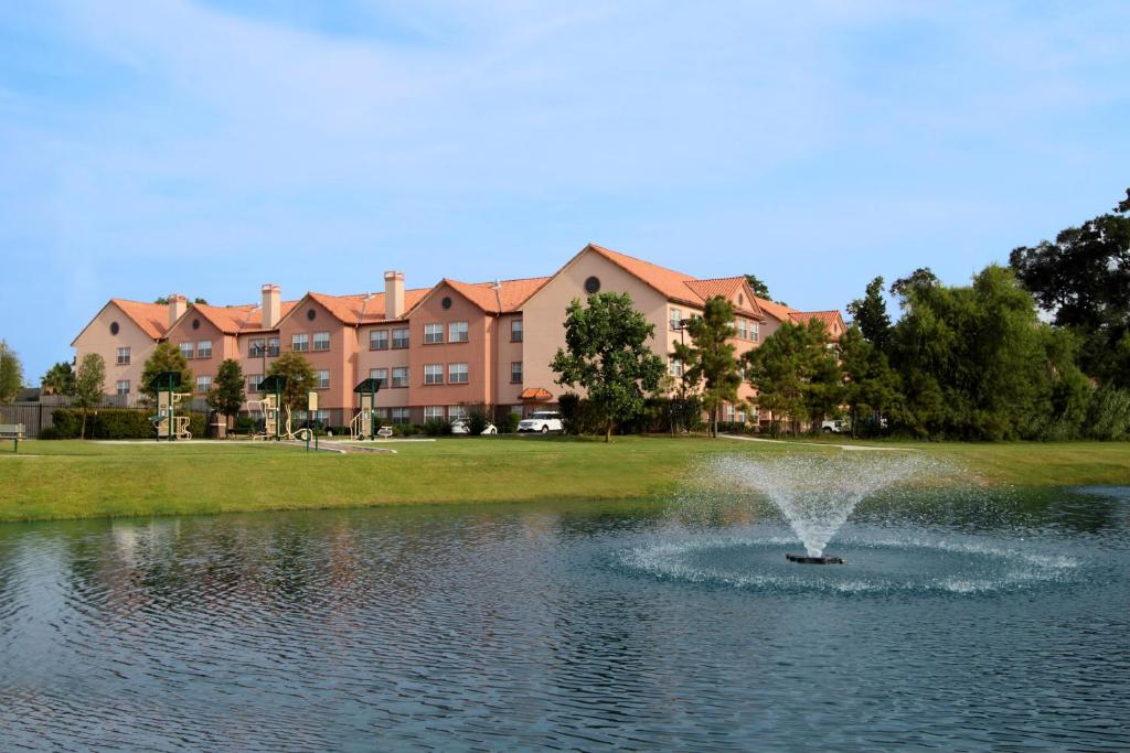 Homewood Suites by Hilton Houston-Woodlands-Shenandoah