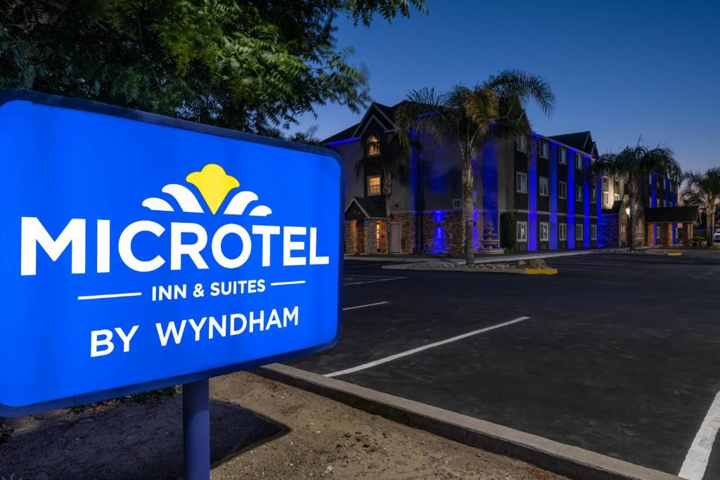 Microtel Inn & Suites by Wyndham Tracy