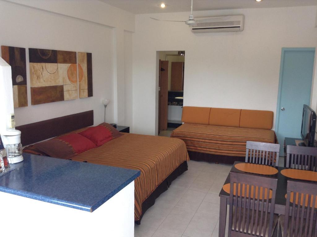 Aparthotel siete 32 m rida informationen und buchungen for Apparthotel 35