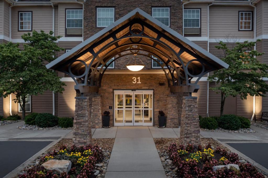 Staybridge Suites Greenville I-85 Woodruff Road, an IHG Hotel