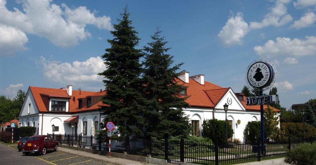 "Hotel ""Zajazd Napoleoński"""