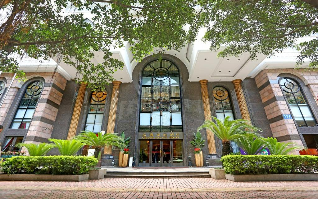 Grand Palace Hotel - Grand Hotel Management Group