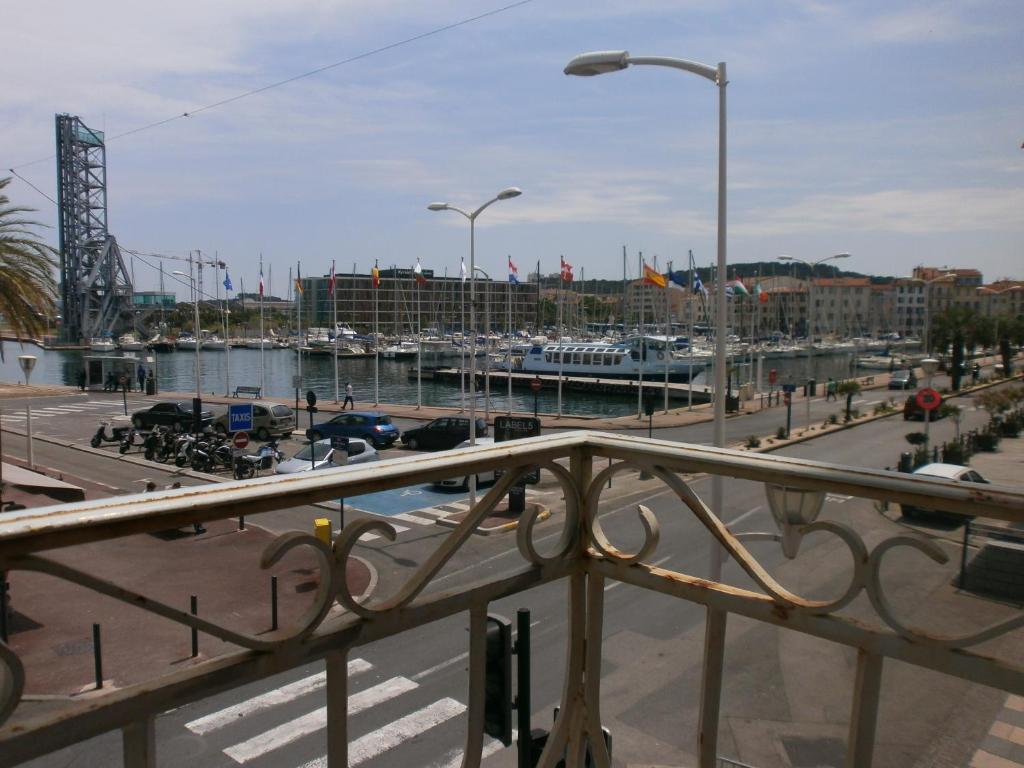 Hotel Restaurant La Seyne Sur Mer
