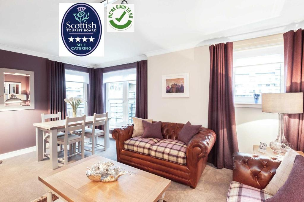 The Botanist Apartment Edinburgh Old Town 2 Bedroom Lift Parking previously The Parkgate Residence