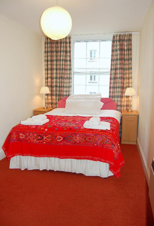 Hotel Edimbourg Booking