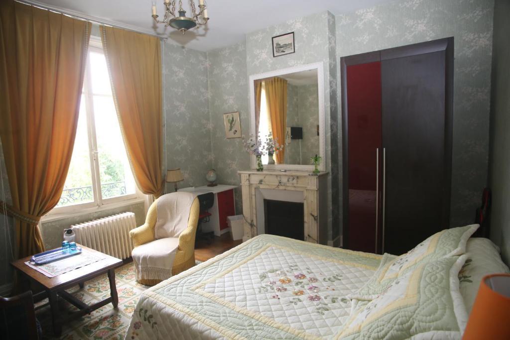 la cabane du canada orl ans viamichelin informatie en online reserveren. Black Bedroom Furniture Sets. Home Design Ideas