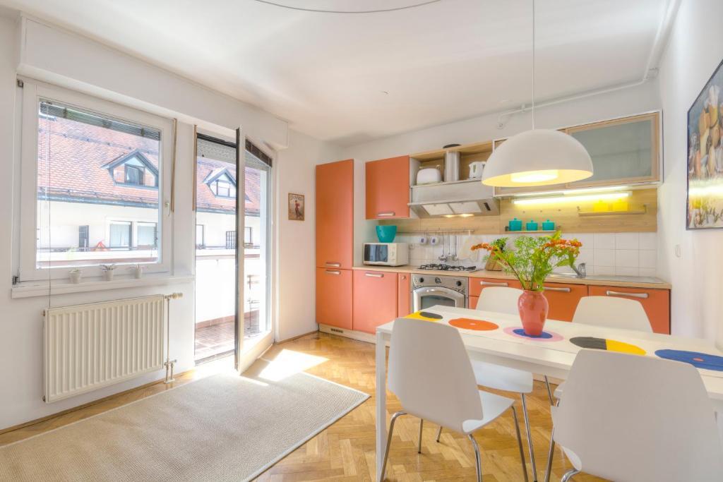 Apartments Fine Ziherlova