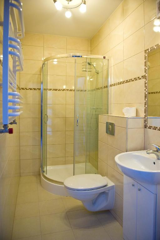 Double Room with Private Bathroom 2 Pokoje dwuosobowe Wladyslawowo