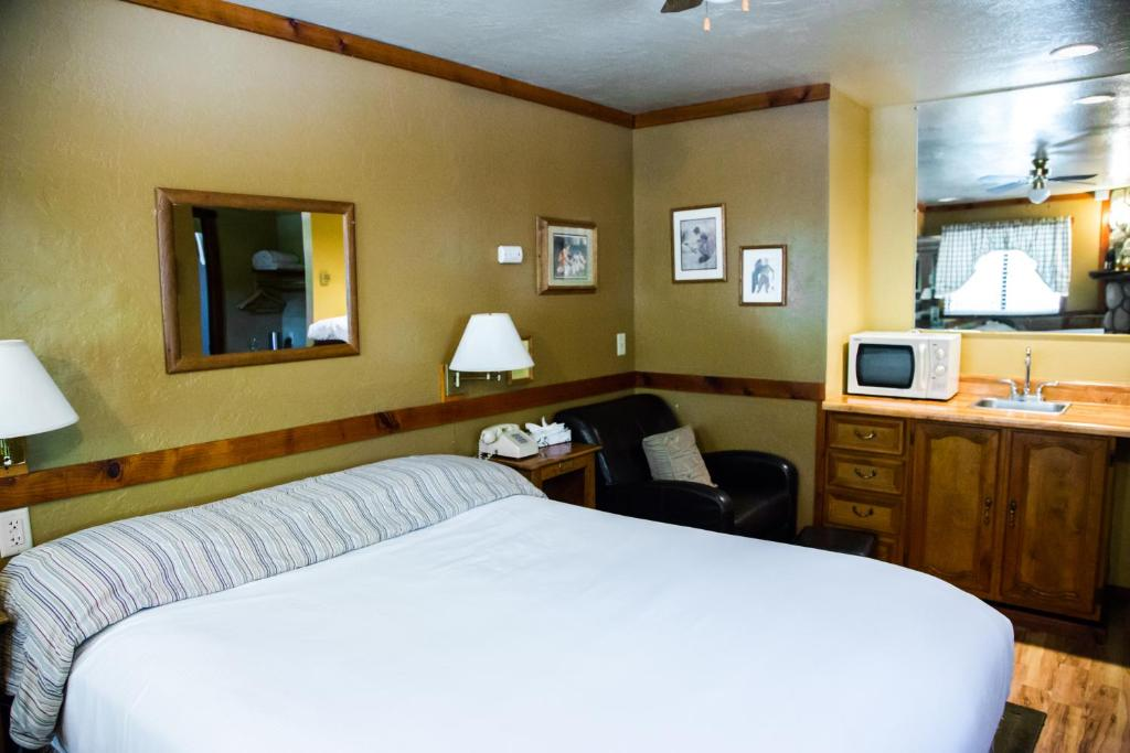 Sleepy forest cottages big bear lake prenotazione on for Cabine di noleggio in big bear ca