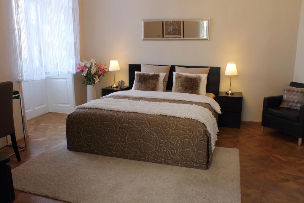 Royal Prague Apartment Celakovskeho Sady