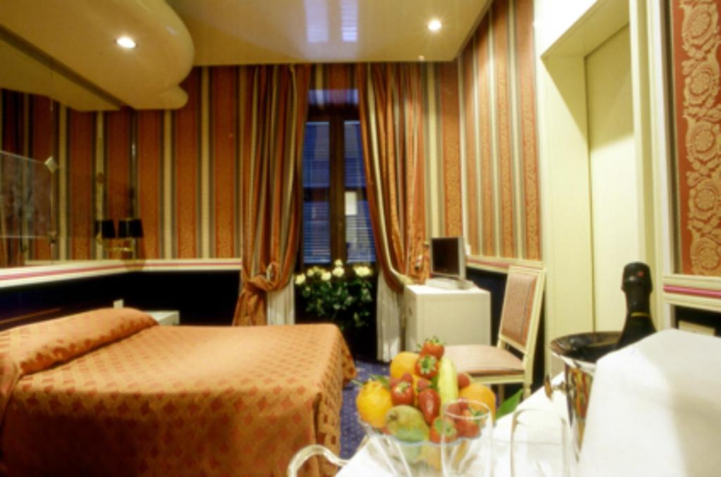 Hotel Atlante Star Rome Restaurant