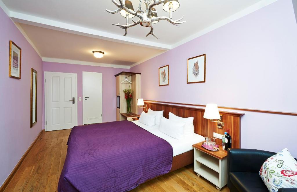hotel elch n rnberg viamichelin informationen und online buchungen. Black Bedroom Furniture Sets. Home Design Ideas