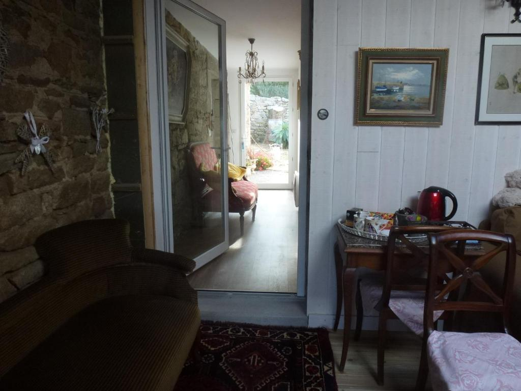 Hotels In Roscoff With Parking