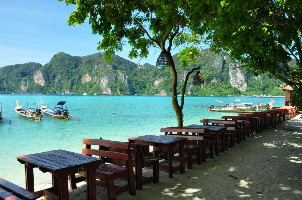 Restaurants Tonsai Bay Phi Phi Island