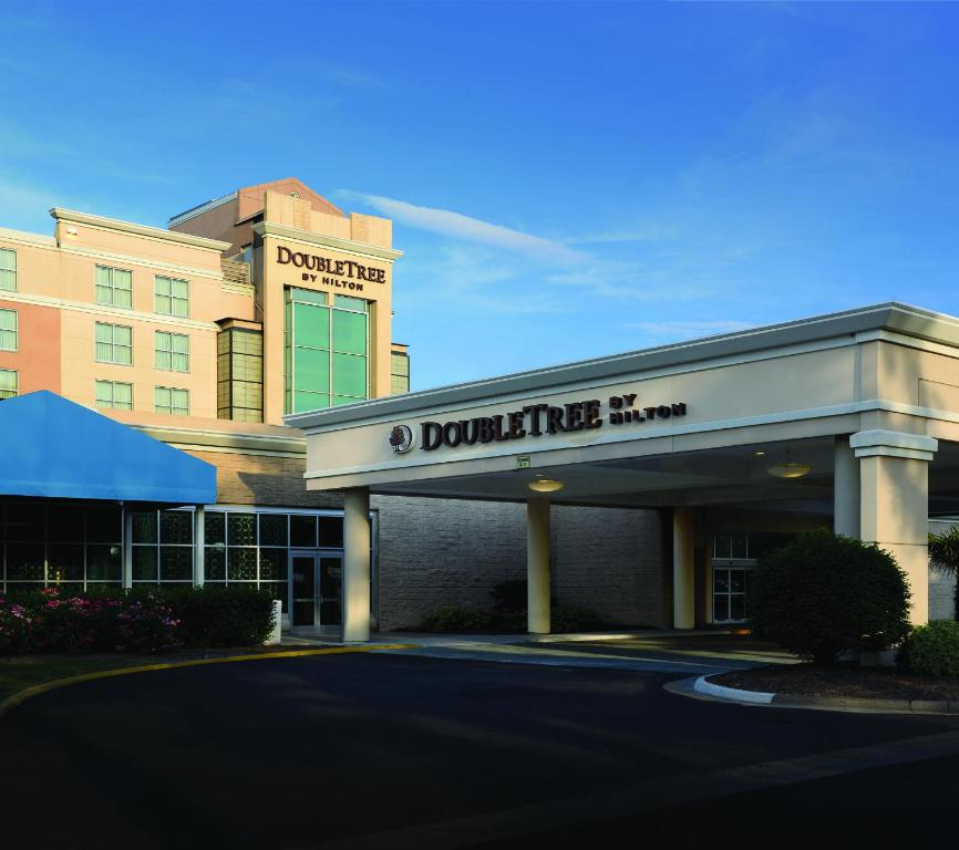 DoubleTree by Hilton Norfolk Airport