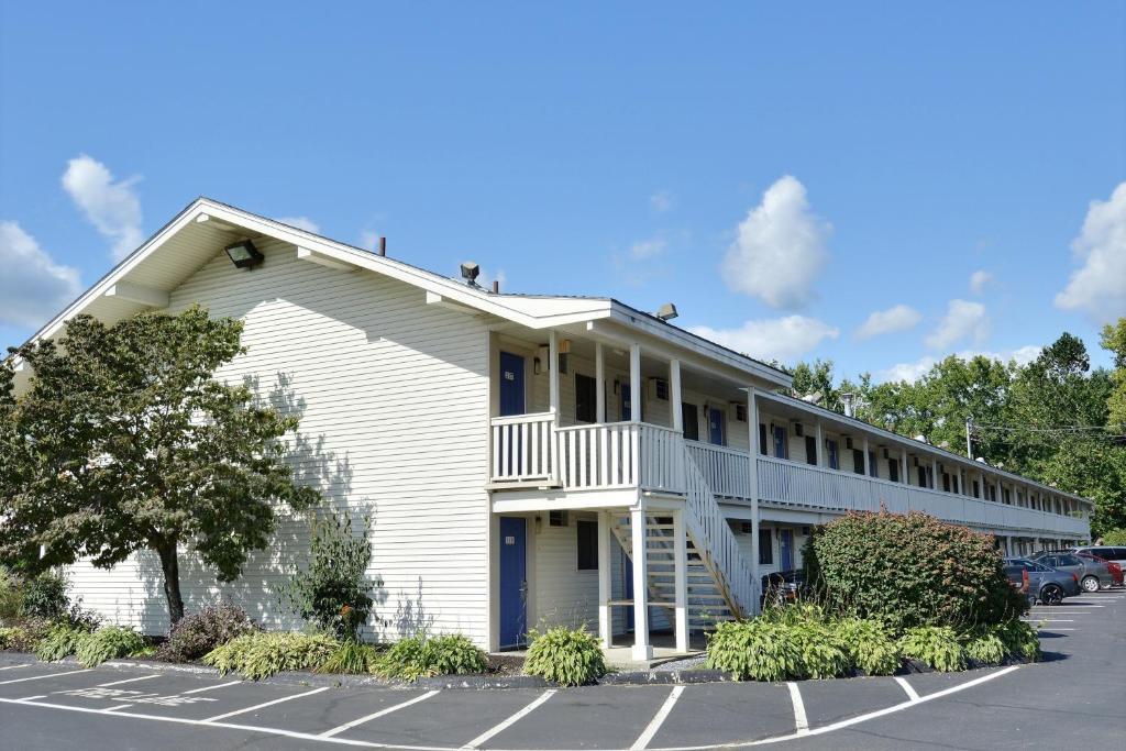 Motel  Brattleboro