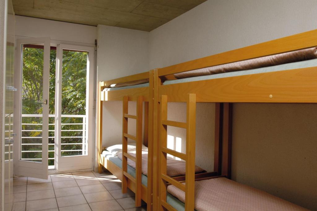 Quadruple Room with Shared Bathroom Sion Youth Hostel