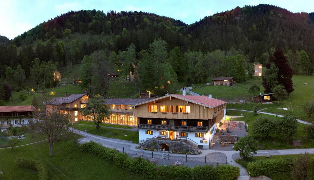 tannerhof ihr versteck in den bergen fischbachau online booking viamichelin. Black Bedroom Furniture Sets. Home Design Ideas