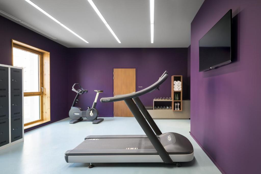 okko hotels grenoble jardin hoche grenoble book your hotel with viamichelin. Black Bedroom Furniture Sets. Home Design Ideas