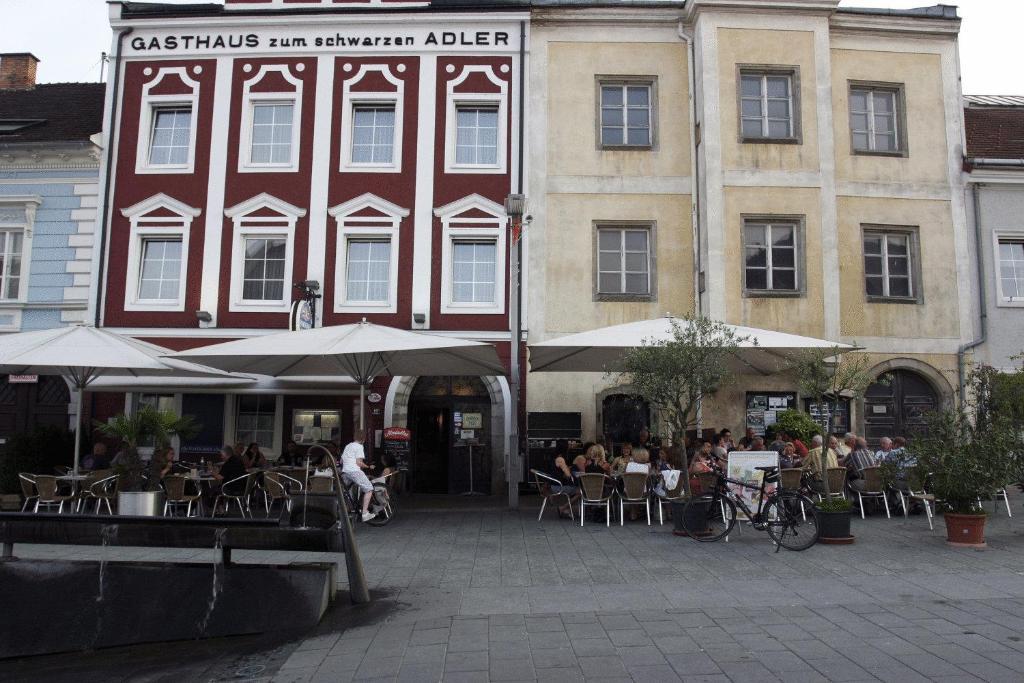 Hotel Vinothek Schwarzer Adler, 4100 Ottensheim