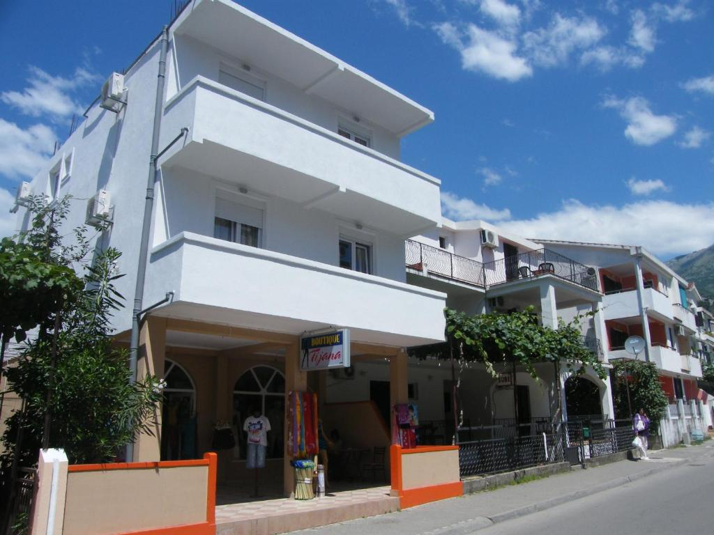 Apartments Mirko