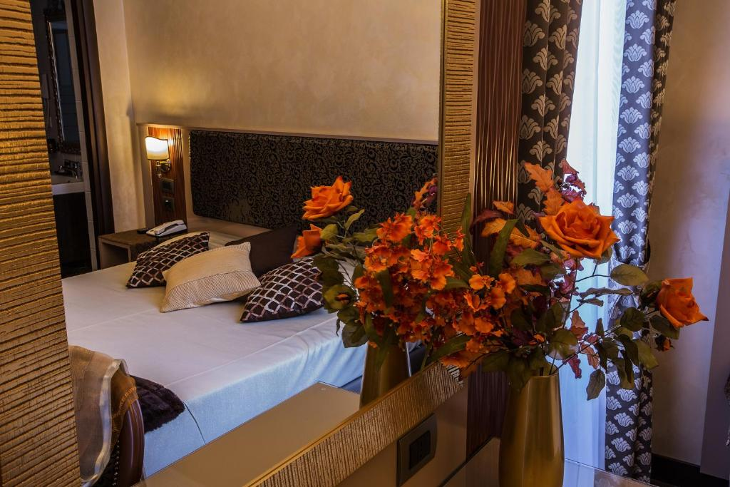 Hotel De Rome Largo Corrado Ricci