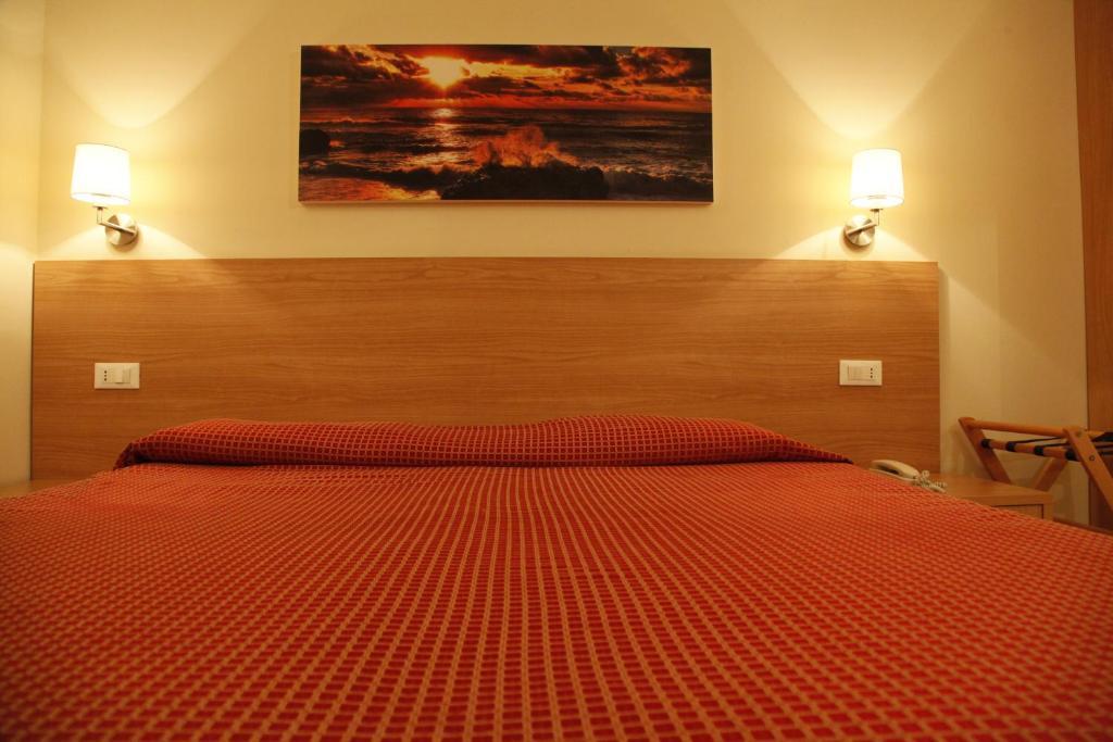Hotel majorca riccione prenotazione on line viamichelin - Bagno 99 riccione ...