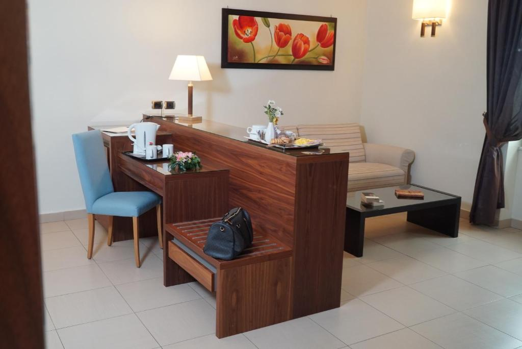 Junior Suite Best Western Suites & Residence Hotel