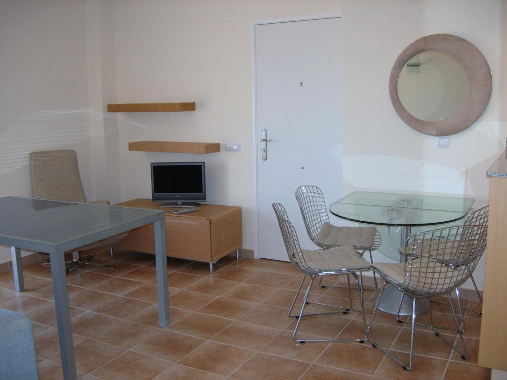 Two-Bedroom Apartment Jacaranda - Serviden