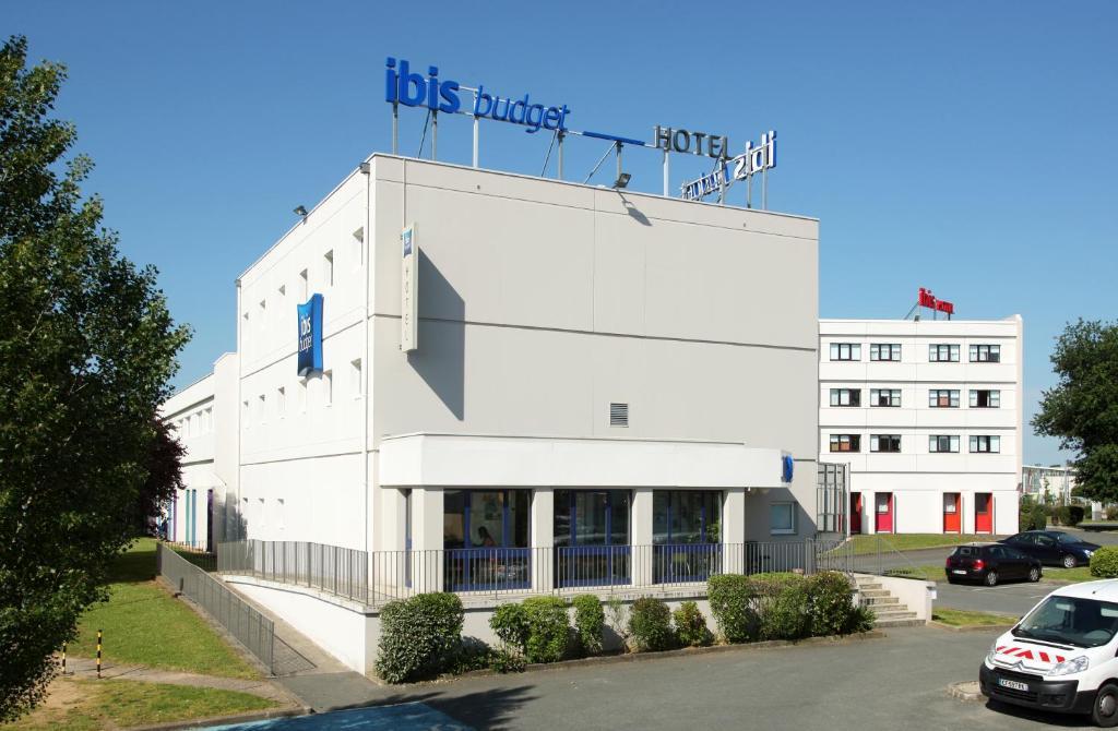 Hotel B And B Futuroscope Poitiers