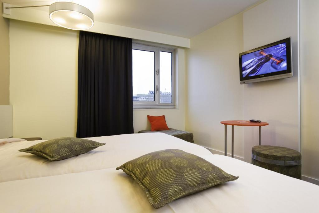 ibis styles paris gare de l 39 est ch teau landon. Black Bedroom Furniture Sets. Home Design Ideas