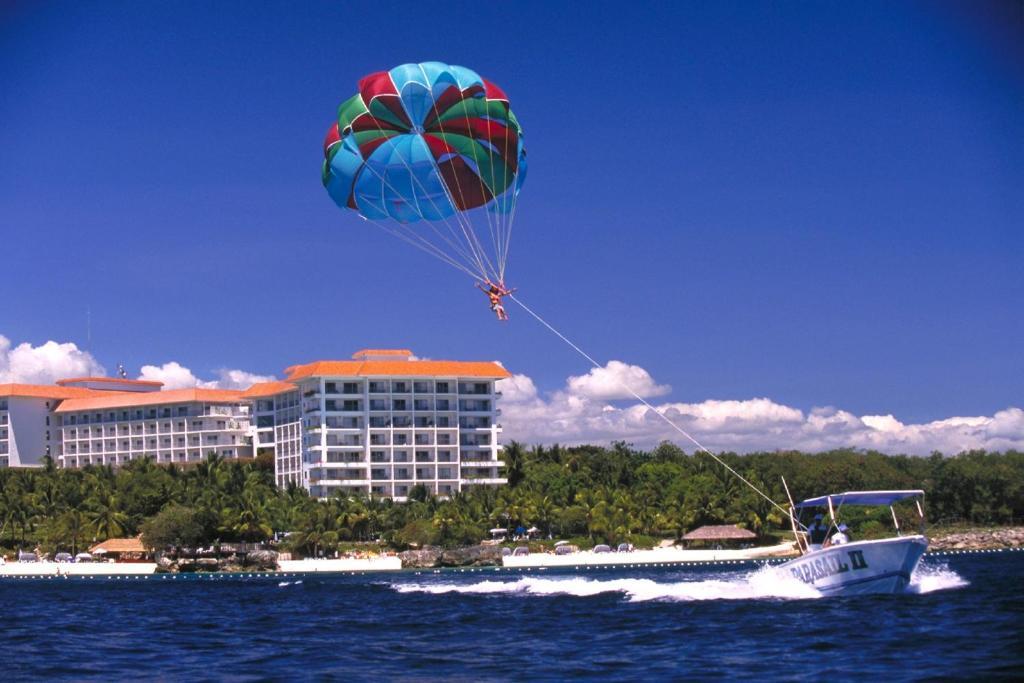 Shangri la 39 s mactan resort spa lapu lapu city - Aggiungi un posto a tavola karaoke ...