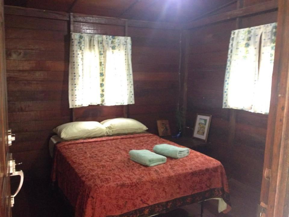 Double Room with River View Mamallena Eco Lodge