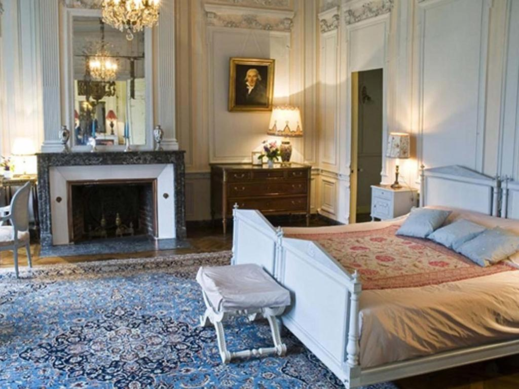 ch teau de bonnemare b b esprit de france r servation gratuite sur viamichelin. Black Bedroom Furniture Sets. Home Design Ideas