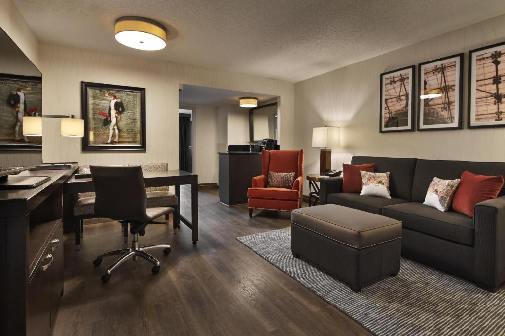 Embassy Suites Washington D.C. - at the Chevy Chase Pavilion Photo #8