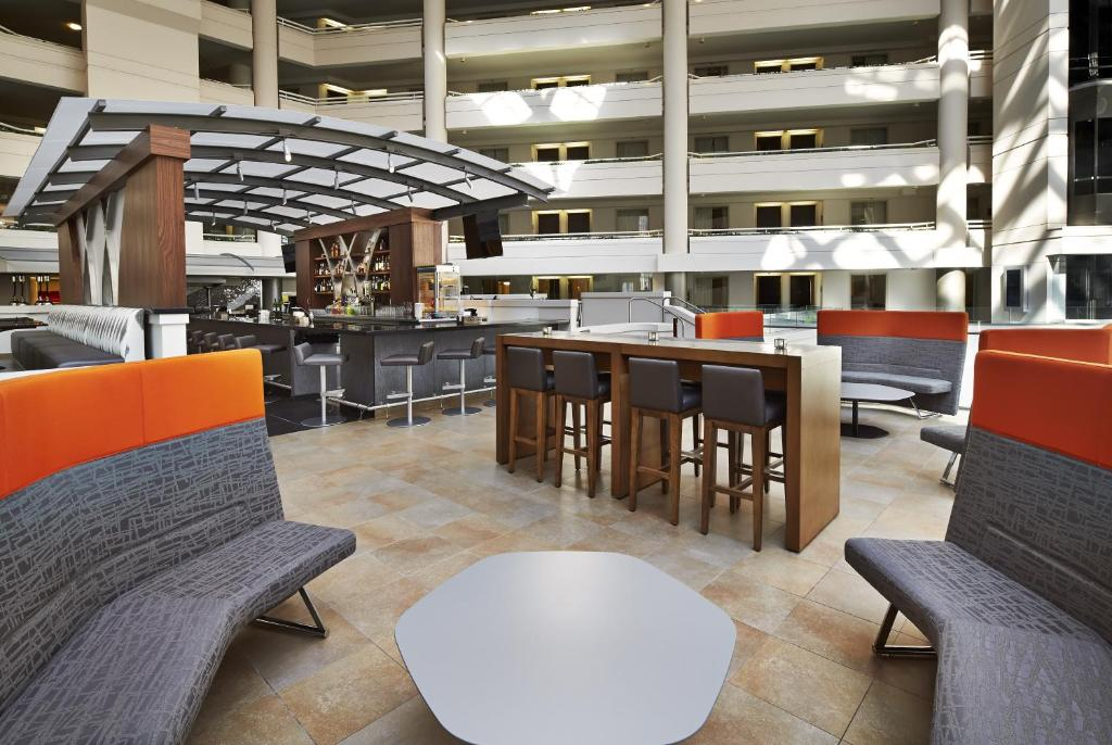 Embassy Suites Washington D.C. - at the Chevy Chase Pavilion Photo #18