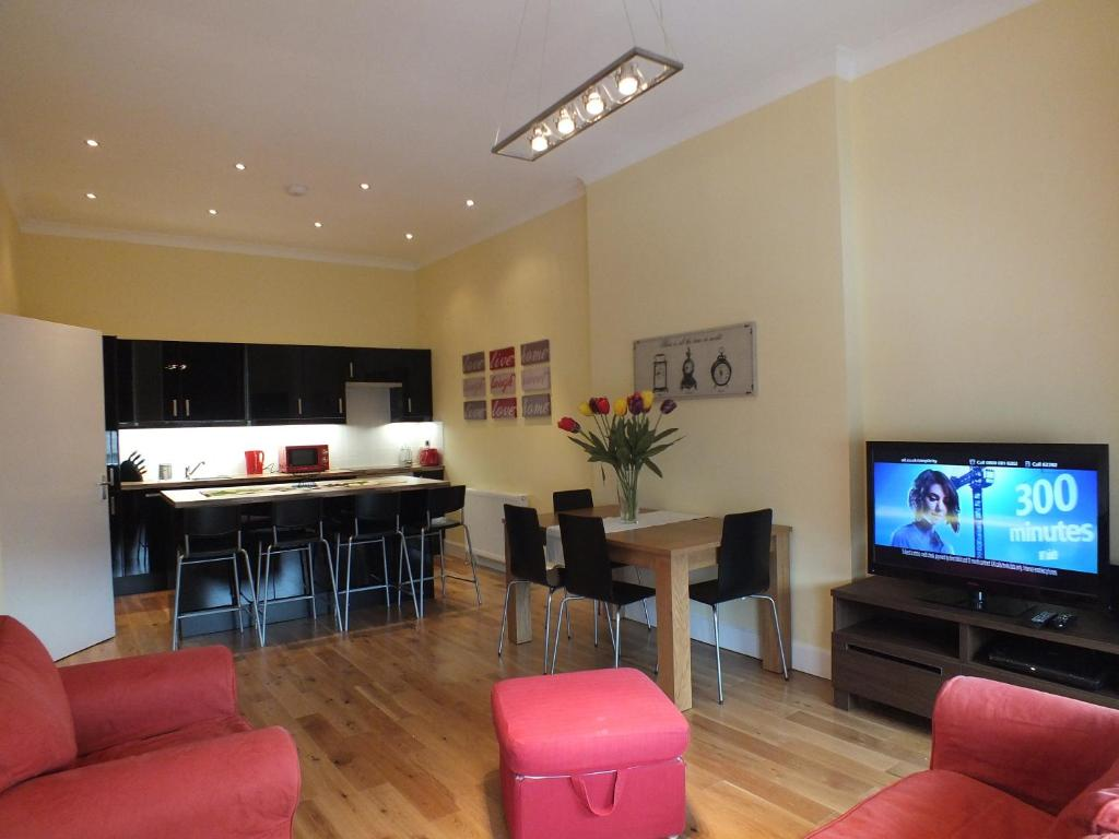 Picardy Place Apartment