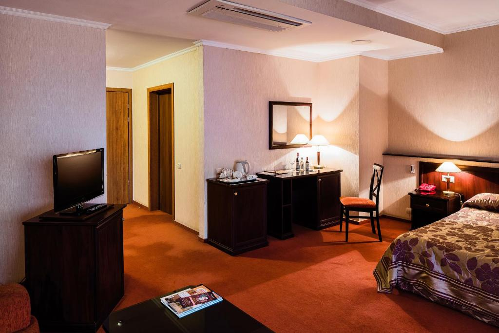 Standard Double or Twin Room Sheremetev Park Hotel