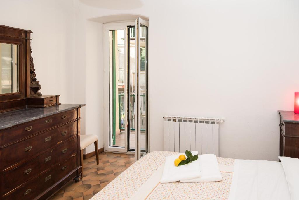 casa di mezzo ricc del golfo di spezia informationen und buchungen online viamichelin. Black Bedroom Furniture Sets. Home Design Ideas