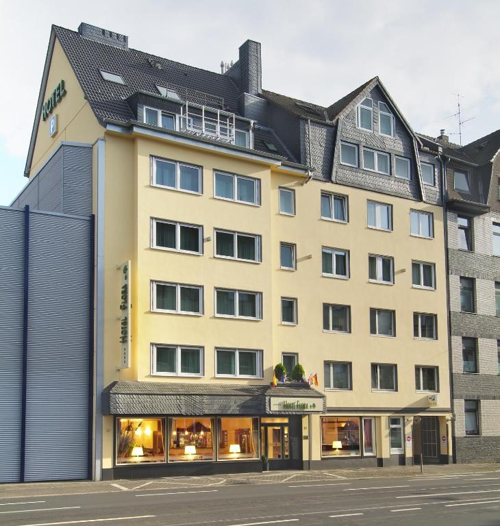 novum hotel flora d sseldorf d sseldorf informationen und buchungen online viamichelin. Black Bedroom Furniture Sets. Home Design Ideas