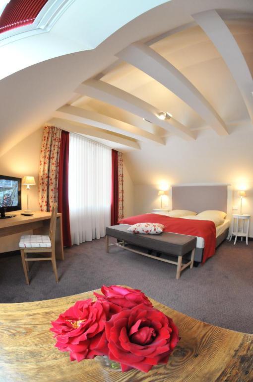 Flair Hotel Zum Storchen Bad Windsheim Online Booking