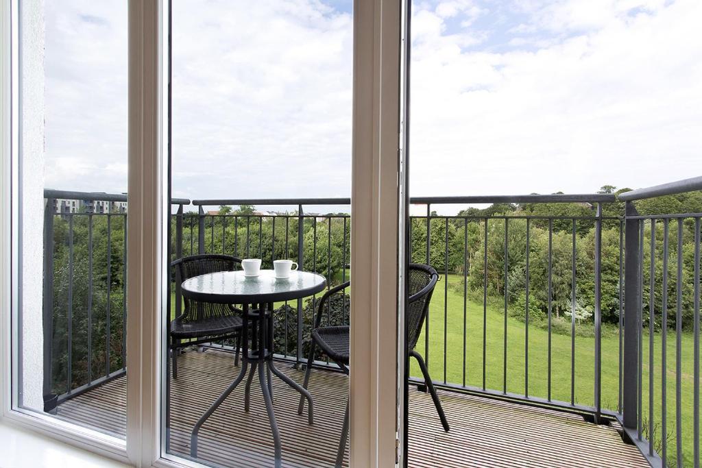 Lochend Park View Apartment