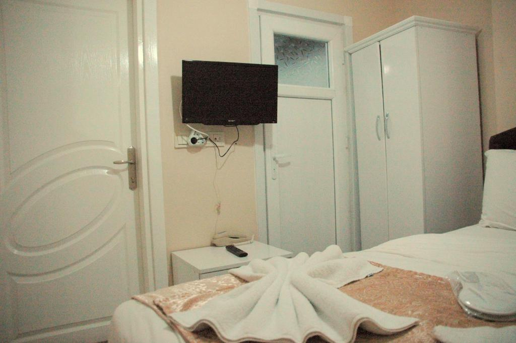 Single Room Tolga Hotel
