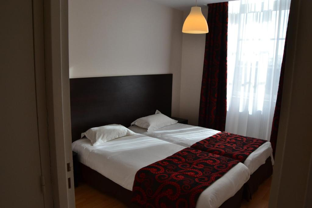 Appart 39 h tel le connetable r servation gratuite sur for Reserver un appart hotel